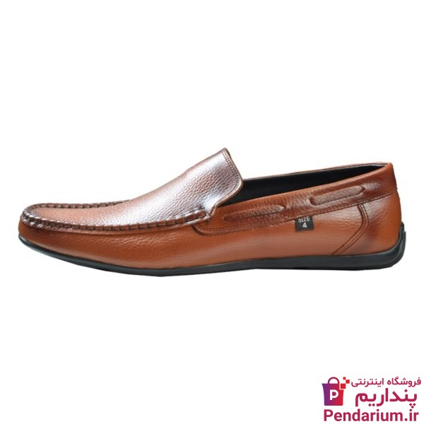 راهنمای خرید کفش کالج مردانه + نکات ضروری قبل از خرید که باید بدانید!
